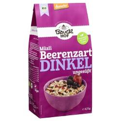 Dinkel-Müsli mit Beeren, ungesüßt