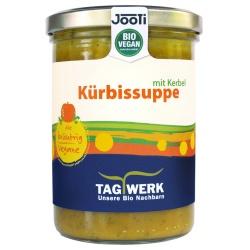 Kürbissuppe mit Kerbel aus Bayern