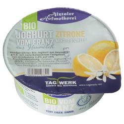 Joghurt mit sizilianischer Zitrone aus bayerischer Heumilch g.t.S., handgerührt