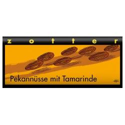 Dunkle Bergmilchschokolade mit Pekannussnougat & Tamarinde, handgeschöpft